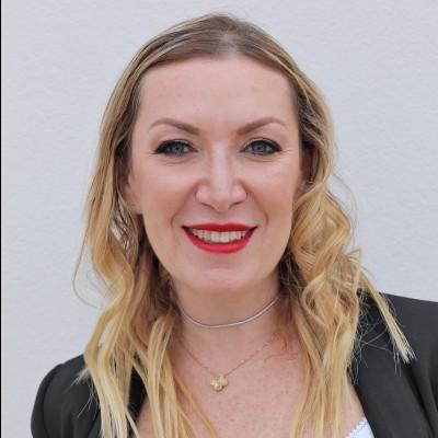 Yelena Mogelefsky
